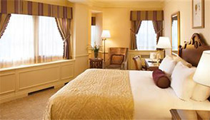 Bed & Breakfast Package - Deluxe Riverview room